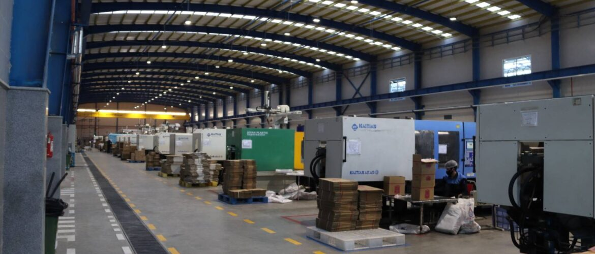 the new phase of Plastic Medicine Holding Factory (9)